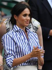 2018年7月14日,英國薩塞克斯公爵夫人梅根與大嫂凱特在溫布頓觀賞2018溫布頓網球錦標賽(2018 Wimbledon Championships)。(法新社)