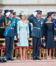 (左起)威廉王子、凱特、哈里王子、梅根(法新社)