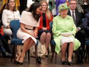 梅根(左)與英女王(右)(法新社)
