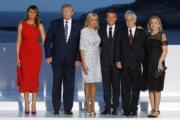 2019年8月25日,七國集團(G7)峰會在法國比亞里茨舉行。圖為(左起)美國第一夫人梅拉尼婭、美國總統特朗普、法國第一夫人布麗吉特、法國總統馬克龍、智利總統皮涅拉及夫人蒙特斯。(法新社)