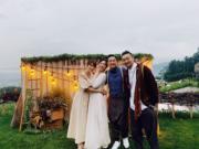 孫慧雪與老公也專程到日本參加婚禮祝賀一對新人。(孫慧雪IG圖片)