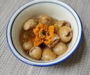中醫食譜:金盞花桃膠圓肉 潤燥滋陰安神