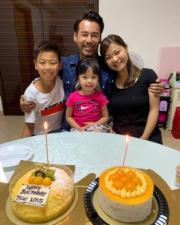 徐榮生日,跟老婆仔女齊慶祝。(facebook圖片)