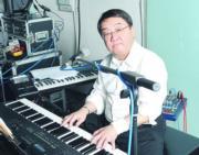 黎小田一生創作出超過700首歌曲。(資料圖片)