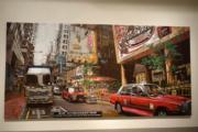 香港藝術館「香港經驗.香港實驗」展覽,圖為周俊輝《蛙王郭——「的士司機看到我這裝束不敢停車」》(何芍盈攝)