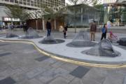 香港藝術館「城尋山水」展覽,圖為《城尋山水三部曲》其中一組裝置(何芍盈攝)