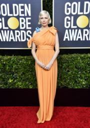 再次懷孕的米雪威廉絲穿著Louis Vuitton出席頒獎禮。