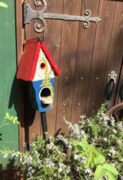 小花園的裝飾精緻。(黃廷希攝,圖片攝於2017年4月)