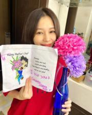 徐若瑄收到老公和囝囝送贈的母親節禮物,相當開心。(ig圖片)