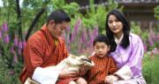 不丹王室發放國王四口家庭照賀王后生日 初生二王子首露面