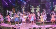 佳麗們台上表演歌舞,展現個人另一面。(鍾偉茵攝)