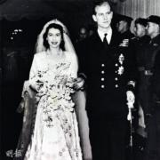 英女王伊利沙伯二世(左)與王夫菲臘王子(右)在1947年結婚。(資料圖片)