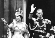 英女王伊利沙伯二世1953年於西敏寺加冕。(資料圖片)