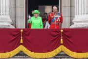 2016年6月11日,英女王伊利沙伯二世與王夫菲臘親王(新華社)
