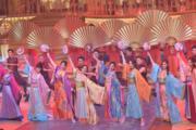 港姐們的中國舞表演欠睇頭。(鍾偉茵攝)