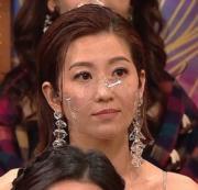 當王浩信獲視帝兼在台上公開多謝太太時,台下的陳自瑤被拍到木無表情。(資料圖片)