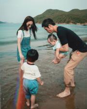 陳凱琳和老公鄭嘉穎及兩個仔開心慶祝母親節。(Ig圖片)