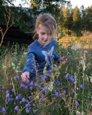 瑞典愛絲黛小公主。照片由媽媽、女王儲維多利亞公主拍攝。(Kungahuset Instagram圖片)
