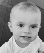 奧斯卡小王子1歲了。  (kungahuset facebook圖片)