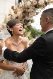 新娘子笑得好甜。(大會提供)