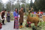 2018年4月25日,不丹國王基沙爾(右)與王后佩馬(His Majesty King Jigme Khesar Namgyel Wangchuck facebook圖片)
