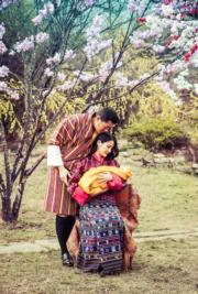 不丹國王王后和小王儲(不丹王室facebook圖片)