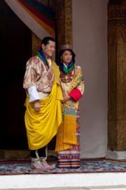 2011年,不丹國王迎娶平民出生的佩馬。(不丹王室facebook圖片)