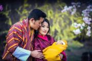 2016年2月,不丹國王基沙爾、王后佩馬與小王儲(不丹王后佩馬facebook圖片)