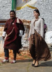 2017年6月,日本公主真子(右)到訪不丹。(法新社)