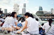 立國50年的新加坡實行類似英國的國會制,但當中的「集選區」制度產生「勝者囊括」的效果,令愈大政黨愈有利,鞏固李光耀領導的人民行動黨。反對派希望在後李光耀時代,這種不公平的效果可獲改善。(盧翊銘攝)