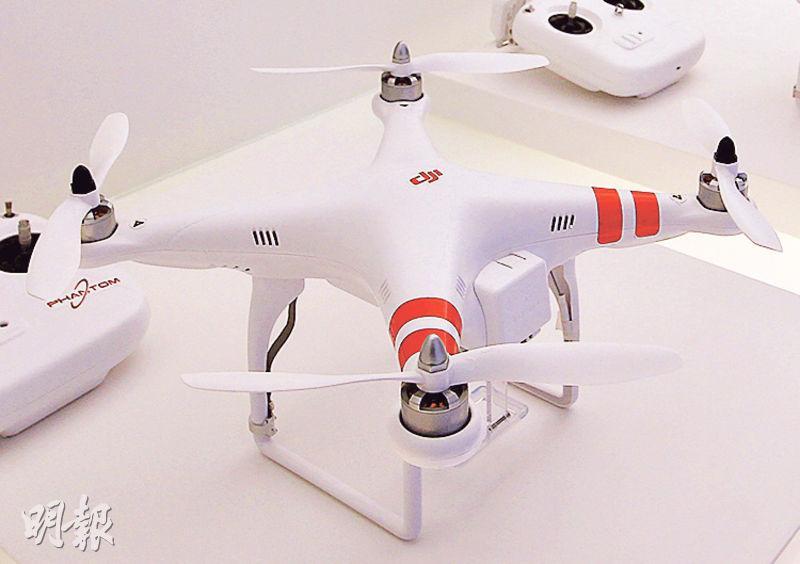 「大疆創新」推出多款無人機,圖中的「Phantom」系列可航拍逾千萬像素的照片。(林俊源攝)