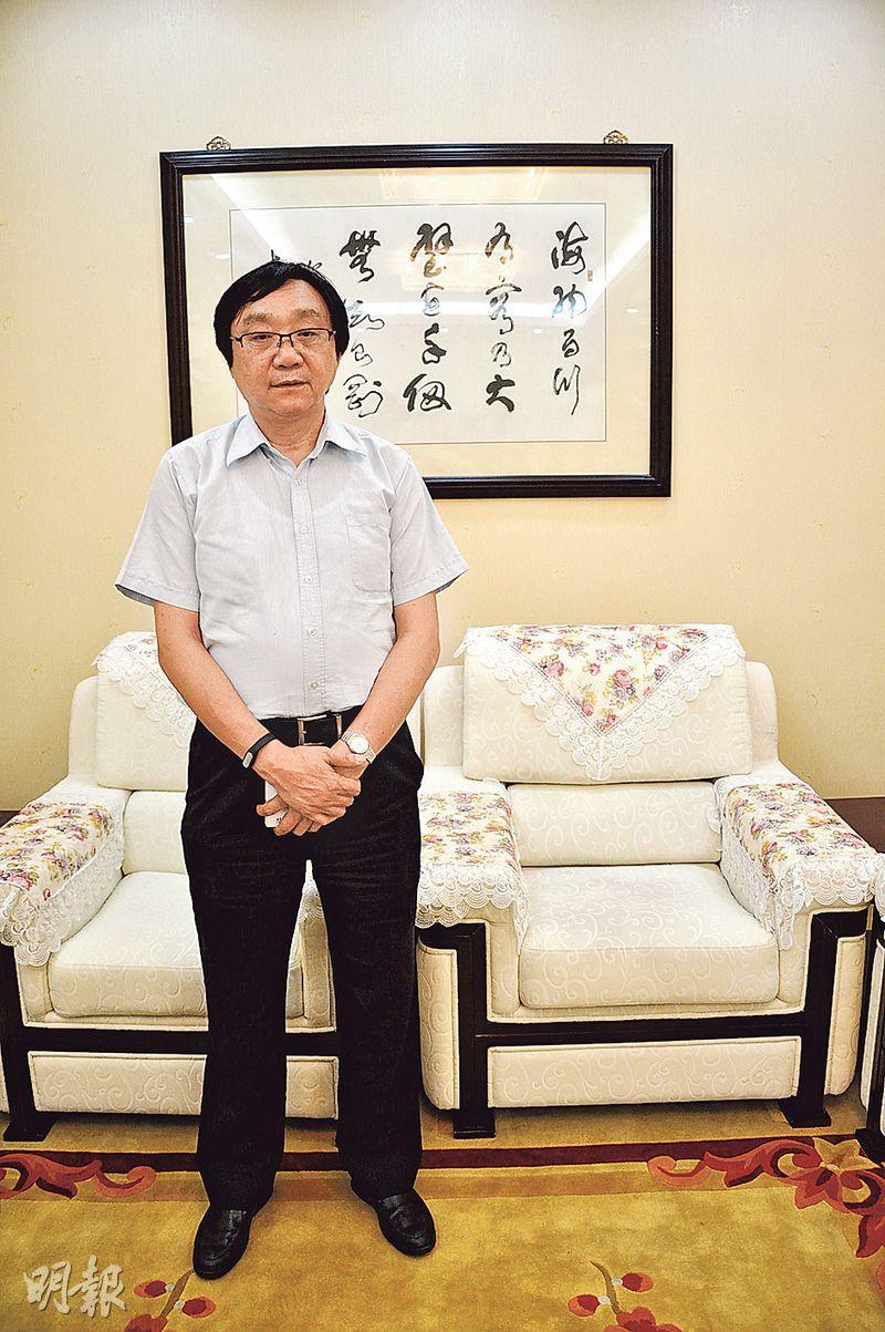 館長朱成山