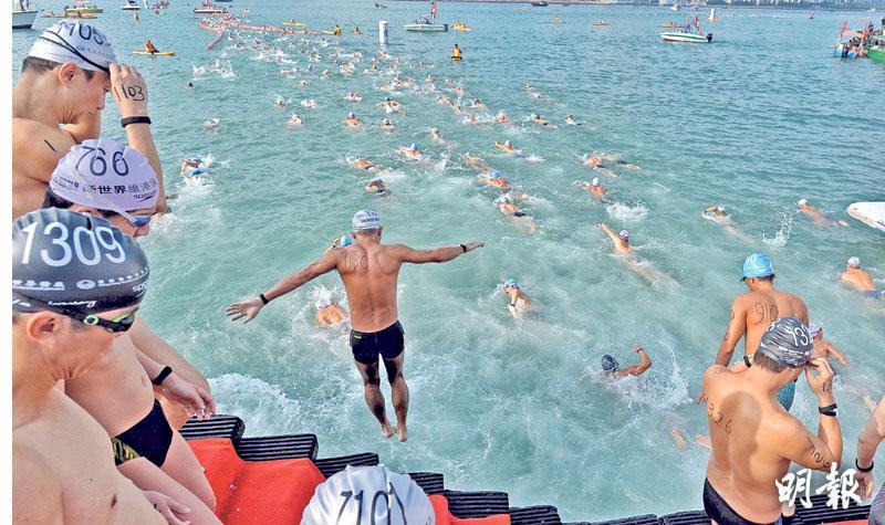 維港泳48人被指偷步撤資格 失冠飛魚:無人攔止 主辦:吹哨未能阻