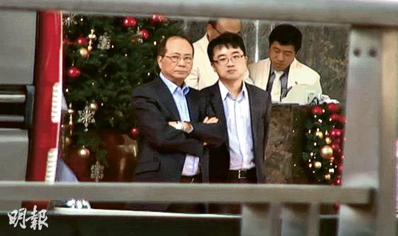 吳克儉被跟蹤 保安局接教局投訴轉介警方 警扣《蘋果》記者被指妨新聞自由