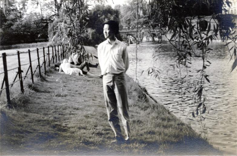 李國能,1967年攝於英國劍橋 River Cam(李國能提供)