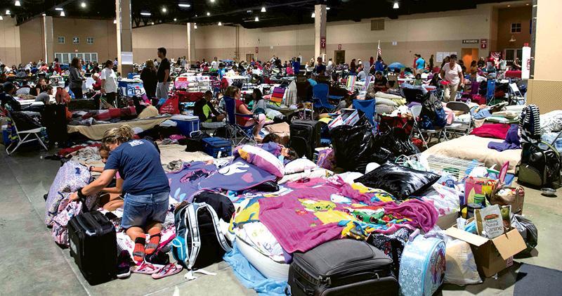 艾爾瑪直撲佛州 560萬人避難 部分地區數月「不宜住」 航母候命救災