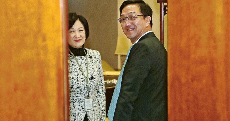 葉劉稱遭恐嚇 領展否認  指控派李兆富威脅停租辦事處促「收手」