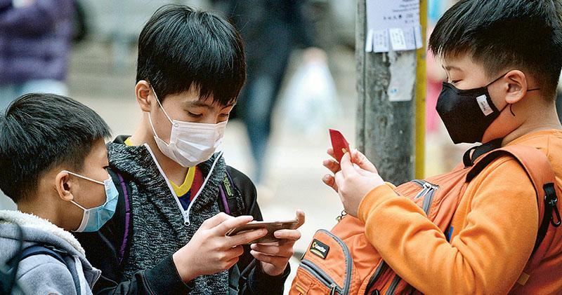 流感稍減 衛署籲退燒兩天始上學 冬季高峰持續 促學校每日量體溫