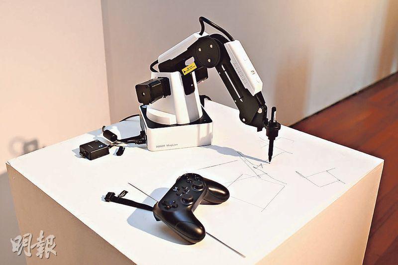 浸大藝術院擬設機械實驗室 已添畫圖機械臂 突破人手限制