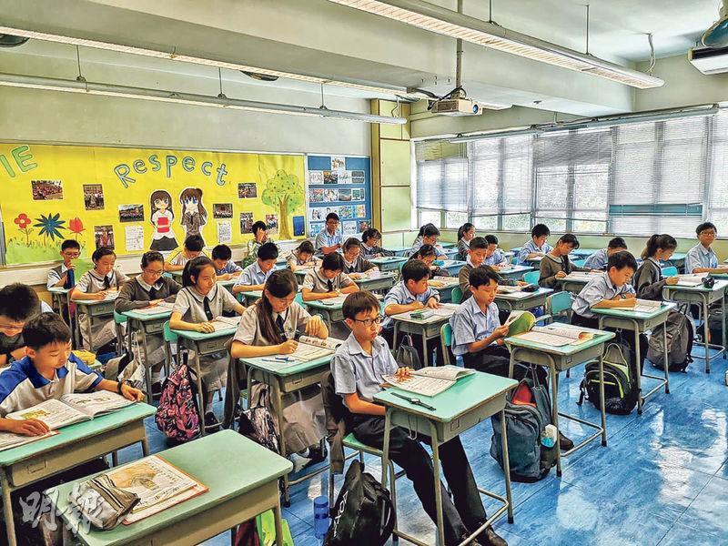 2%「特殊校情」暫未獨立成科 讓路初中中史 學校減工藝世史課時