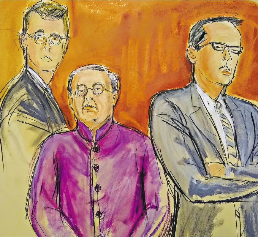 陪審團進入法庭宣讀裁決時,何志平(紫衫)與其律師一起聽取結果,臨離開法庭前向記者輕聲說:「預咗啦,都係咁。」(法庭插畫,Elizabeth Williams)