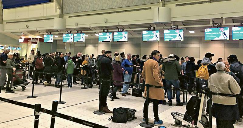 同日仍售機票惹批 冰島廉航財困停運 萬人受影響
