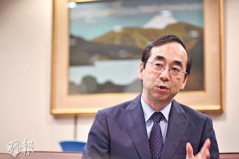 日本駐港總領事和田充廣接受訪問時表示,寄望日本未來多和其他國家合作,走向國際化。(蘇智鑫攝)