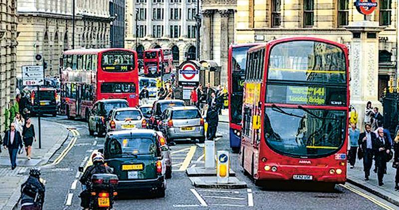 倫敦明設超低排放區 全球最嚴 不達標車輛每日繳款130元