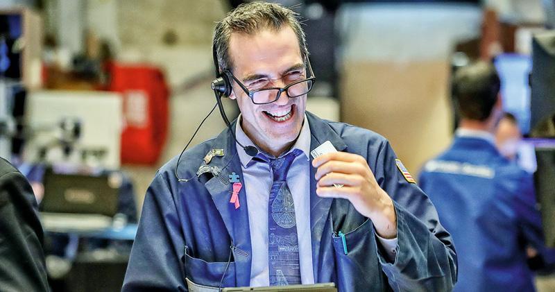 美上市港股ETF創歷史新高 只追蹤本地股不包中資股 回報反勝盈富