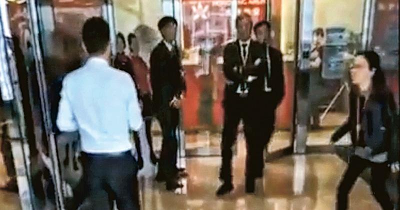港航內鬥加劇 兩幫股東總部衝突 公關稱紛爭影響運作 運房局要求確保航空安全