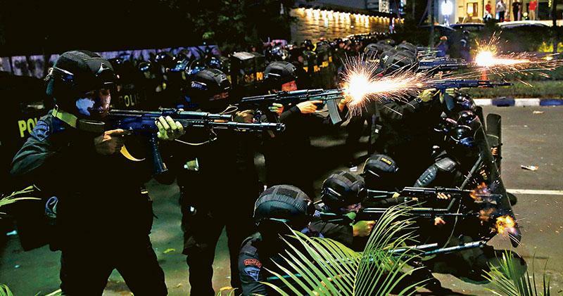 前將領選舉落敗  支持者大鬧首都  雅加達20年最嚴重騷亂  6死200傷