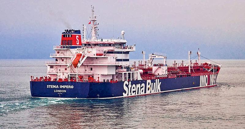 英國註冊油輪「斯特諾帝國」號上周五在霍爾木茲海峽遭伊朗扣押。(路透社)