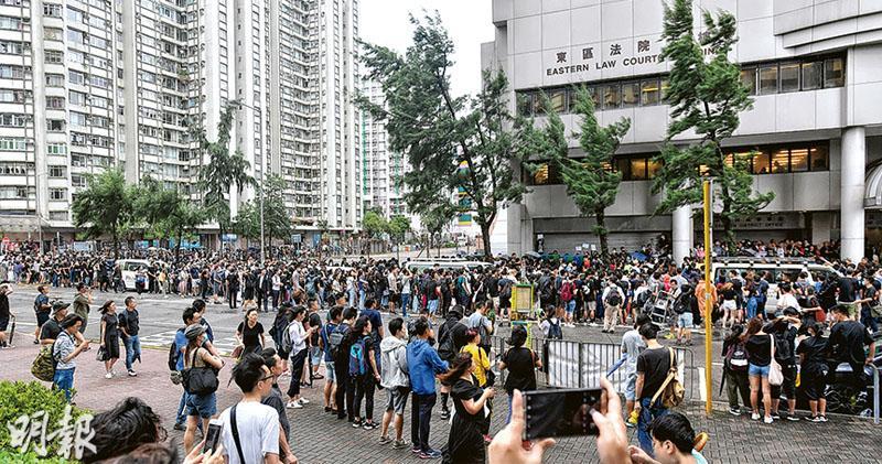 7.28暴動案 辯方稱未明言實際行為 九成被告30歲以下 14學生 1人沒現身
