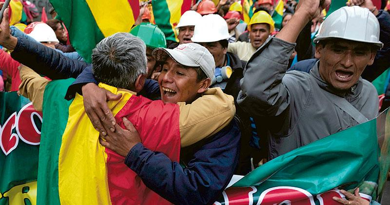示威3周  玻利維亞總統落台  莫拉萊斯:政變受害者  反對派:給世界上了一課